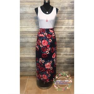 Maxi Skirt Side Slit Navy Roses Floral A&D